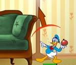 Игра Микки Маус бой подушками