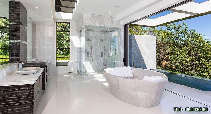 Ванная комната в особняке Нотча